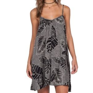 Volcom Escape Artist Swing Print Dress XS EUC